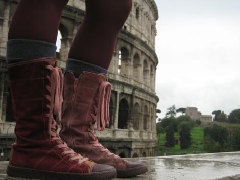 Mes fidèles Pataugas au Colosseo