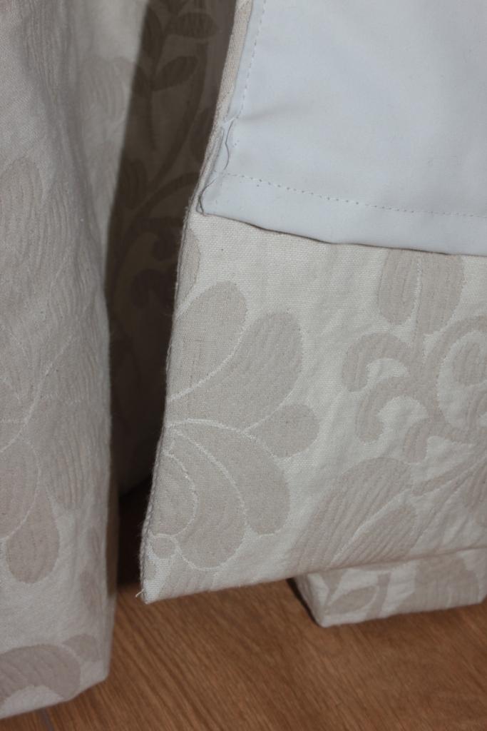 comment coudre la doublure d 39 un rideau. Black Bedroom Furniture Sets. Home Design Ideas