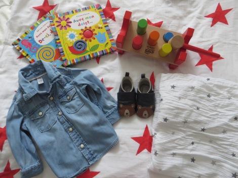bébé, livres, gap, chemise, chaussons, aden + anais, jojo maman bébé